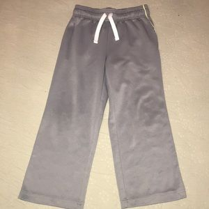 The children's place sweatpants size 5/6